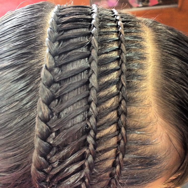 Nice detailing triple braided hairband