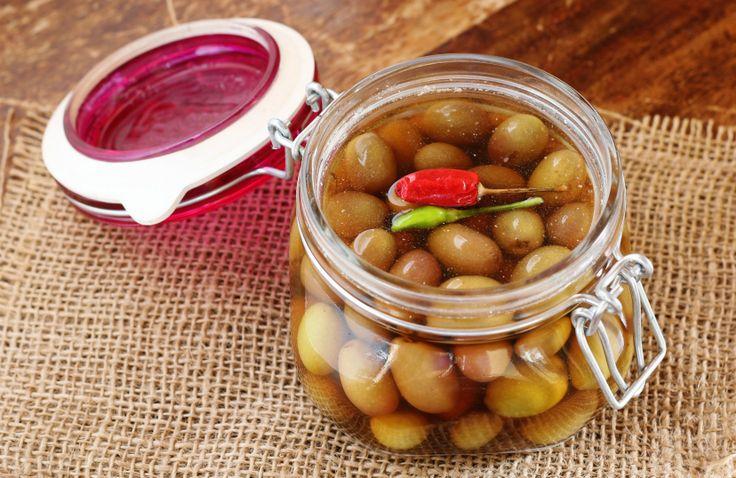 Olive in salamoia - ricetta facile tipica marchigiana
