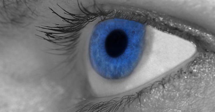 Cómo editar fotos y cambiar el color de ojos. Si deseas modificar tus fotos usando funciones básicas, como cambiar la nitidez, recortarla o arreglar los ojos rojos, o si deseas añadir un toque de creatividad a tu imagen añadiendo texto y efectos de deformación, puedes utilizar una aplicación de gráficos para editar imágenes digitales. Dependiendo de tus preferencias, puedes descargar una ...