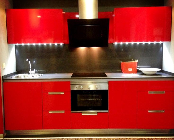 12 best Cocinas Rojas images on Pinterest Kitchens, Madrid and