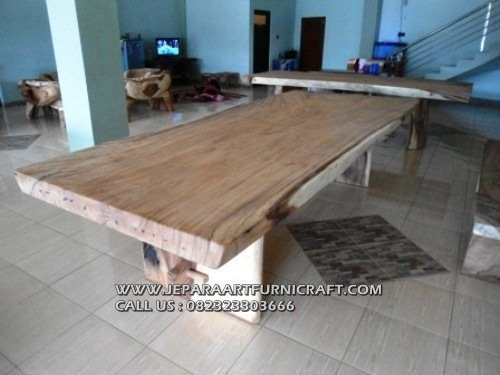 Model Meja Makan Solid Trembesi Natural 4
