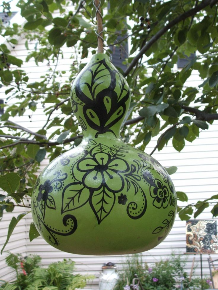 painted gourd, I'd like to do this.  My cousin was given a vase like this--really nice!