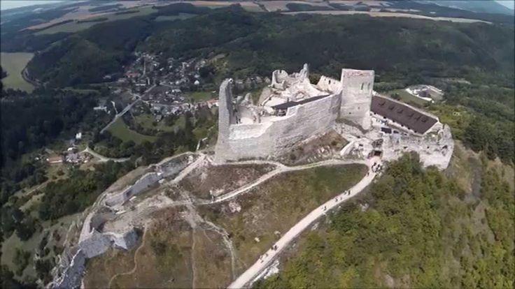čachtický hrad rekonštrukcia -