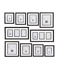 Picture Frames Online offer Australia leading range of #PictureFrames. Our collection includes exquisite contemporary designs and natural timbers gather from sustainable forests in Australia. Australia's Online Framing Experts. We manufacture High Quality complete to Measure Frame for Pictures, Posters, Photos, and Memorabilia.