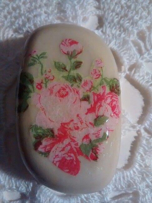 Jabón con decoupage.  Smicasadetodo.blogspot.com