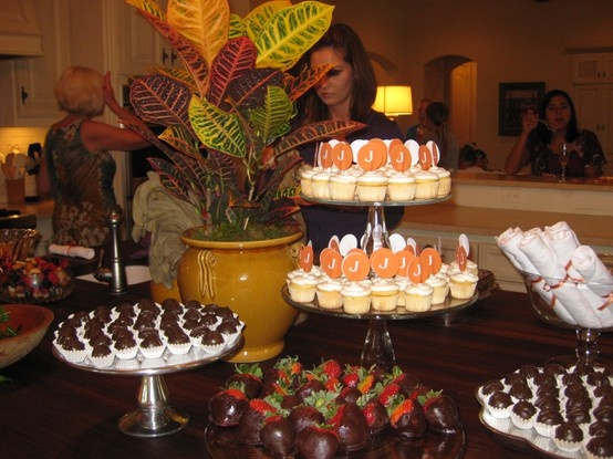 Fall Bridal Shower Fall Bridal Shower Fall Bridal Shower: Desserts Buffet, Bridal Shower Desserts, Fall Parties, Bridal Shower Ideas, Bridal Shower Food, Fall Cupcakes, Fall Bridal, Bridal Shower Fall, Minis Cupcakes