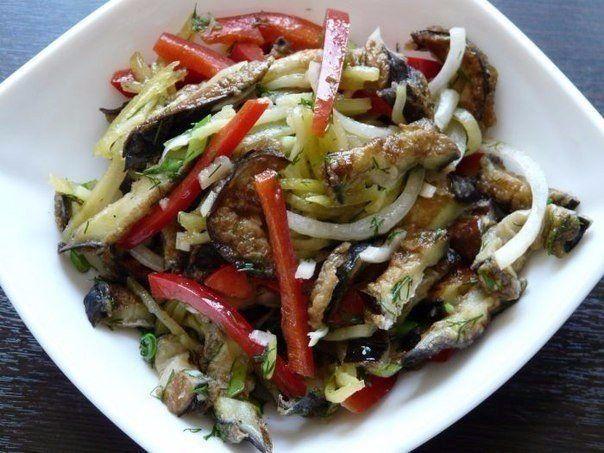 Eggplant Salad Ingredients: Eggplant — 2-3 pcs. Chicken Egg — 2 pcs. Potatoes — 1 pc. Bulgarian pepper — 1 pc. Onions — 1 pc. Garlic cloves — 2-3 pcs. Green onions — 2-3 pieces. Fresh dill — 2-3 sprigs 4-5 tablespoons sunflower oil Salt, black pepper — to taste Preparation: 1. Eggplant cut into …
