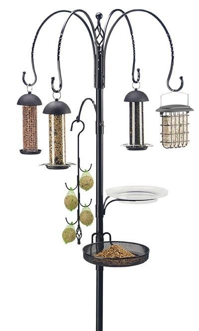 Now you can turn your back yard into a bird sanctuary in moments using the Gardman Premium Wild Bird Feeding Station Kit. This kit creates a multi-feeder station using a small amount of space, for maximum avian enjoyment. Feed a variety of birds with this Premium Wild Bird Feeding Station Kit. Assembly required. JacobsOutdoor