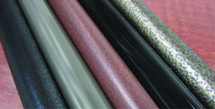 Elementy metalowe pomalowane metodą proszkową - różne typy wykończenia.