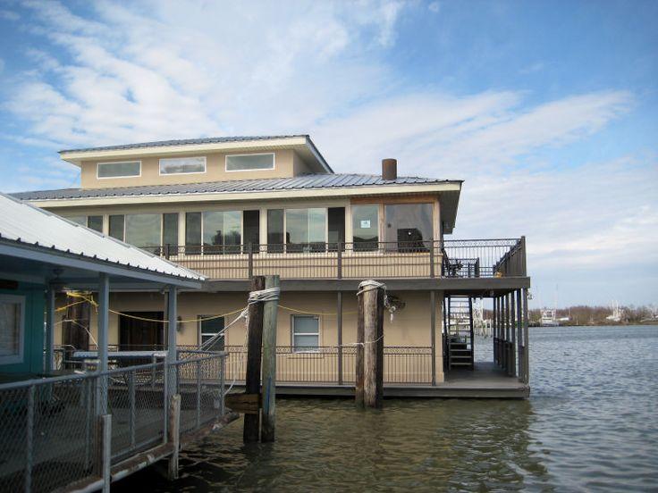 Venice, La Houseboat