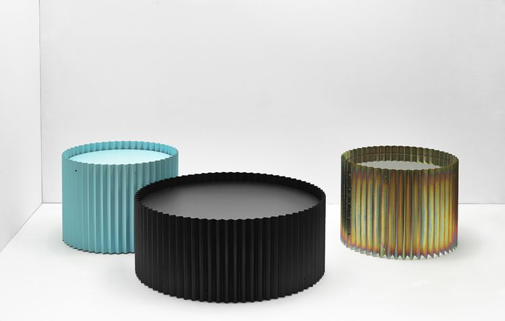 Ondulé collection of side tables