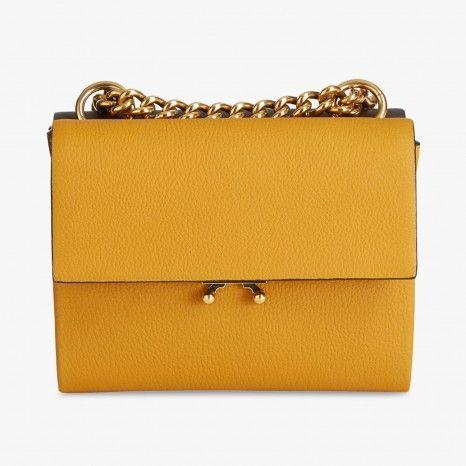 MARNI Sac à main jaune et marron chaîne dorée #Look #LeBonMarche #VuAuBonMarche #ilNeigeRiveGauche #Look #Cadeau #Gift #Fashion #Christmas