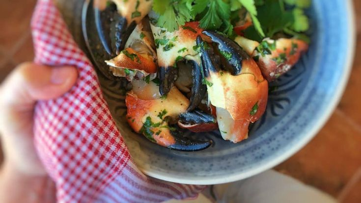 Stone Crab Claws with Cilantro Butter & Old Bay Recipe