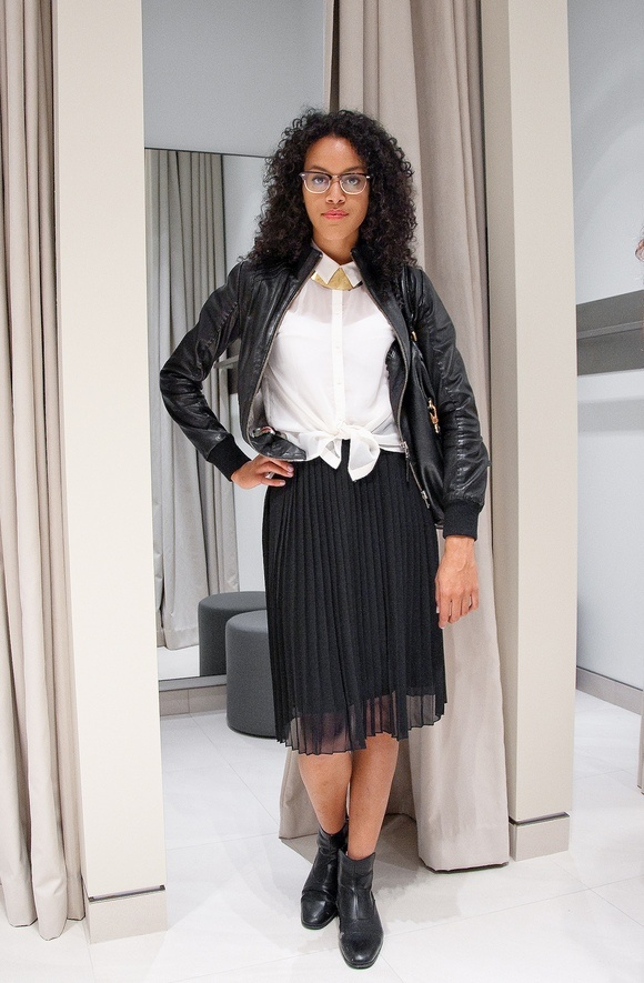 Leather jacket white dress shirt gold necklace black for Black pleated dress shirt