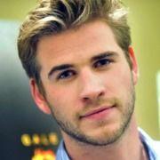 Aantrekkelijke blonde mannen? Bekijk snel 5, blonde, mannelijke beroemdheden!