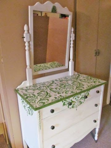 Do You Have A Dresser That Could Use Some Stenciling We Love How Dora The