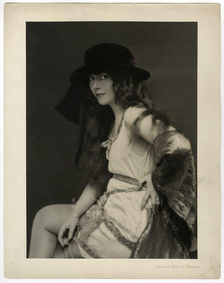 20s ALFRED Cheney Johnston ELEGANT Ziegfeld Girl PHOTO ART
