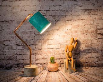 Lámpara mesa industrial cemento cobre turquesa, Lámpara industrial, lata reciclada, Lámpara cemento, Lámpara cobre, Modelo