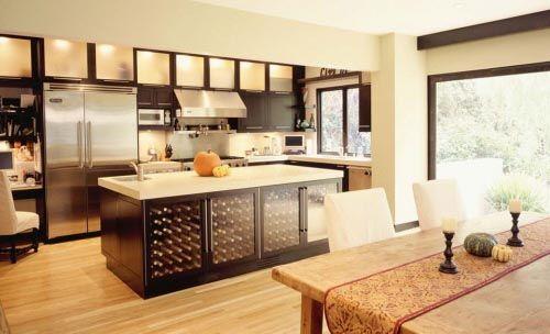 love the wine storageWine Racks, Dreams Kitchens, Kitchens Design, Kitchens Ideas, Kitchens Islands, Wine Cabinets, Modern Kitchens, Wine Storage, Wine Cellars