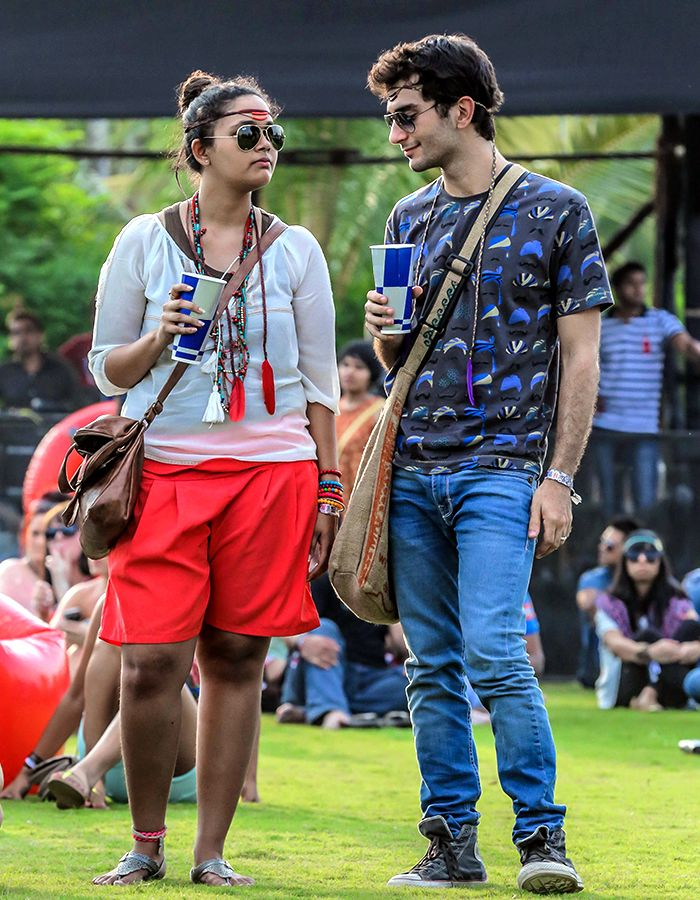 FESTIVAL FASHION IS DEFINED BY THOSE WHO HAVE A PREDISPOSITION TO FEATHERS AND FOLK PRINTS.  #FStreet #FastrackBlog #Fashion