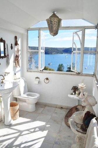 The view x10!: Beaches House, Palms Beaches, Heidi Middleton, Dreams House, Dreams Bathroom, Beaches Bathroom, Bathroom Lights, Sass And Bide, Bathroom Window