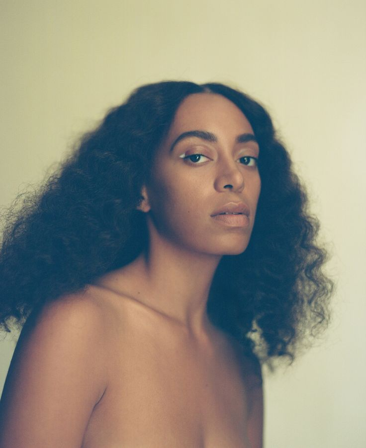 SOLANGE RECEIVES WEBBY ARTIST OF THE YEAR AWARD FOR 21ST ANNUAL WEBBY AWARDS