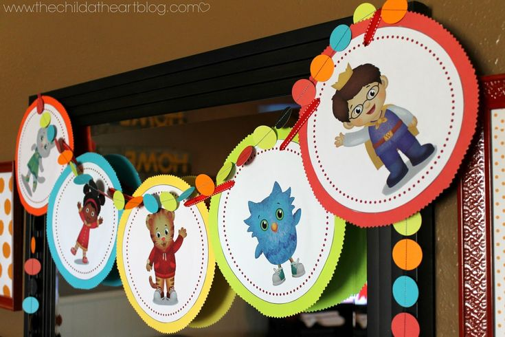 DIY Daniel Tiger Birthday Party + 2 Free Printables Daniel Tiger Party Banner
