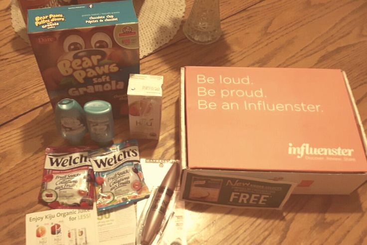BOX filled with healthy & yummy treats for the kids lunch bags plus beauty stuff for moms... and fam bam side dish! #recessvoxbox