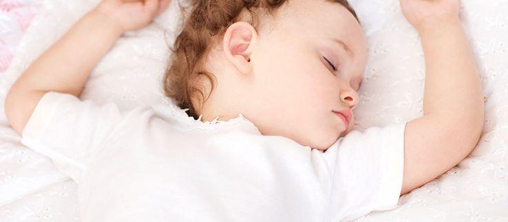 Dors, Colas mon petit frère … Les grandes étapes du sommeil à la maison …