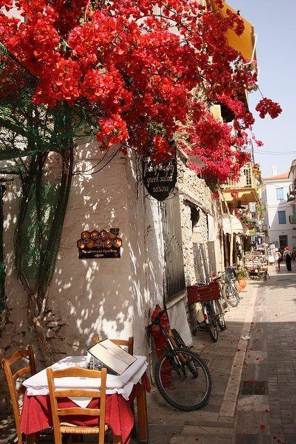 Σοκάκι στο Ναύπλιο ~ Side street at Nafplio Greece Art  Architecture