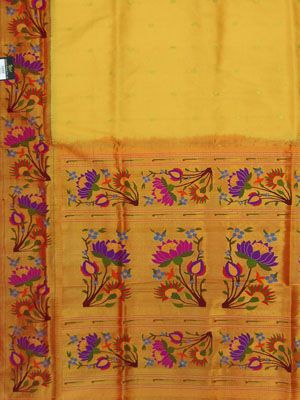 Paithani saree lotus border