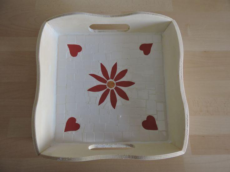 Mosaik Tablett klein, Blume mit Herzen