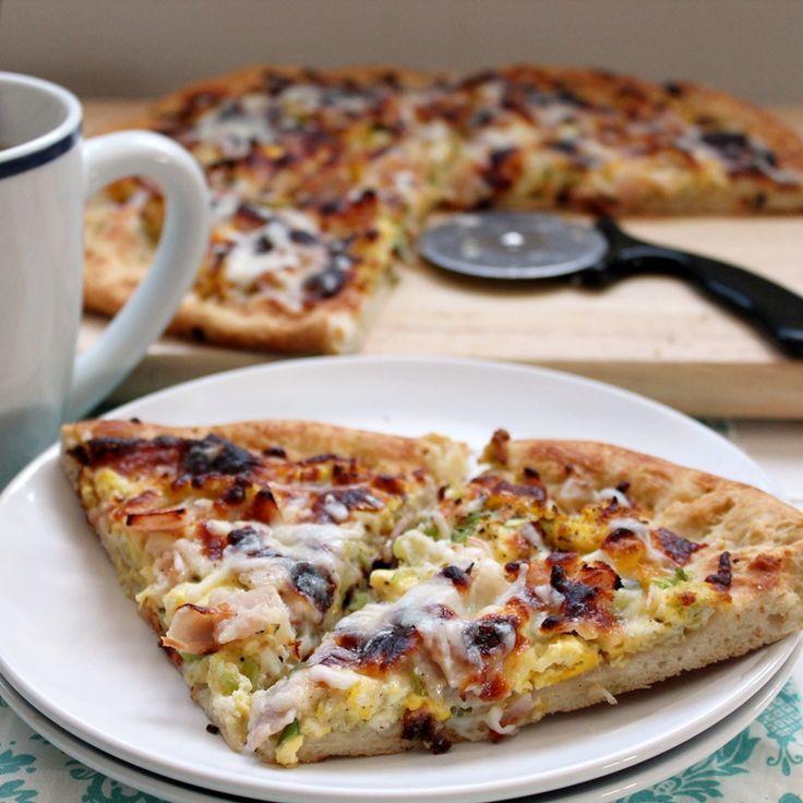 Breakfast PizzaPizza Recipe, Breakfast Pizza, Eggs Breakfast, Breakfast In Bed, Crispy Pizza, Breakfast Food, Breakfast Recipe, Pizza Crustalmost, Favorite Breakfast