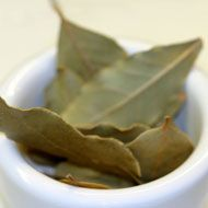 Bay leaves for cooking. Find them at: http://agoragreekdelicacies.co.uk/shop/4570272296/Bay-Leaves-50gr/5665886