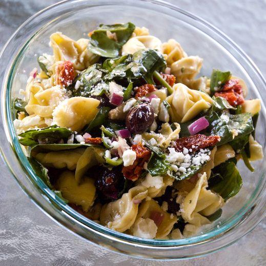Spinach, Artichoke and Tortellini Pasta Salad: Tortellini Pasta Salads, Recipe, Artichokes, Food Ideas, Side, Spinach, Artichoke Tortellini, Kitchen, Nom Nom