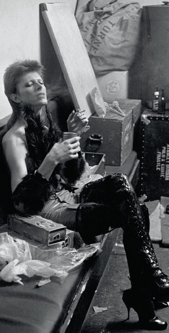 """pantuflacuantica: """" David Bowie, rare footage. Gorgeous Bowie!  """""""