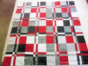 Disappearing Four Patch Quilt @ http://www.cardsandstitches.wordpress.com