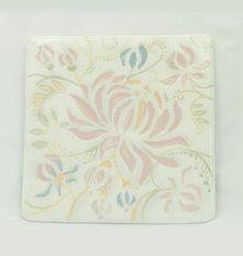 Плитка с цветочным узором