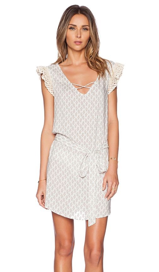 The Best Memorial Day Sales To Shop Now // print dress with lace up neck & ruffled sleeves #style #fashion #summer
