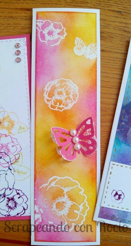 Martha Stewart flower and butterfly stamps bookmark. Marcapáginas o punto de libro con sellos de Martha Stewart.
