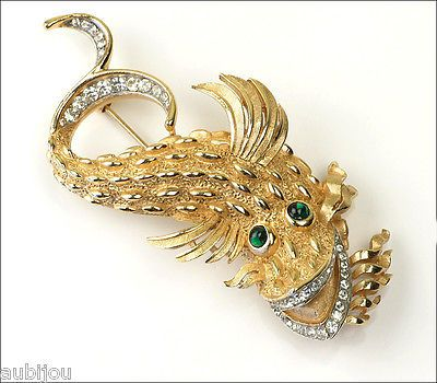 VTG RARE TRIFARI FIGURAL RHINESTONE SMILING FISH SEA CREATURE BROOCH PIN 60's