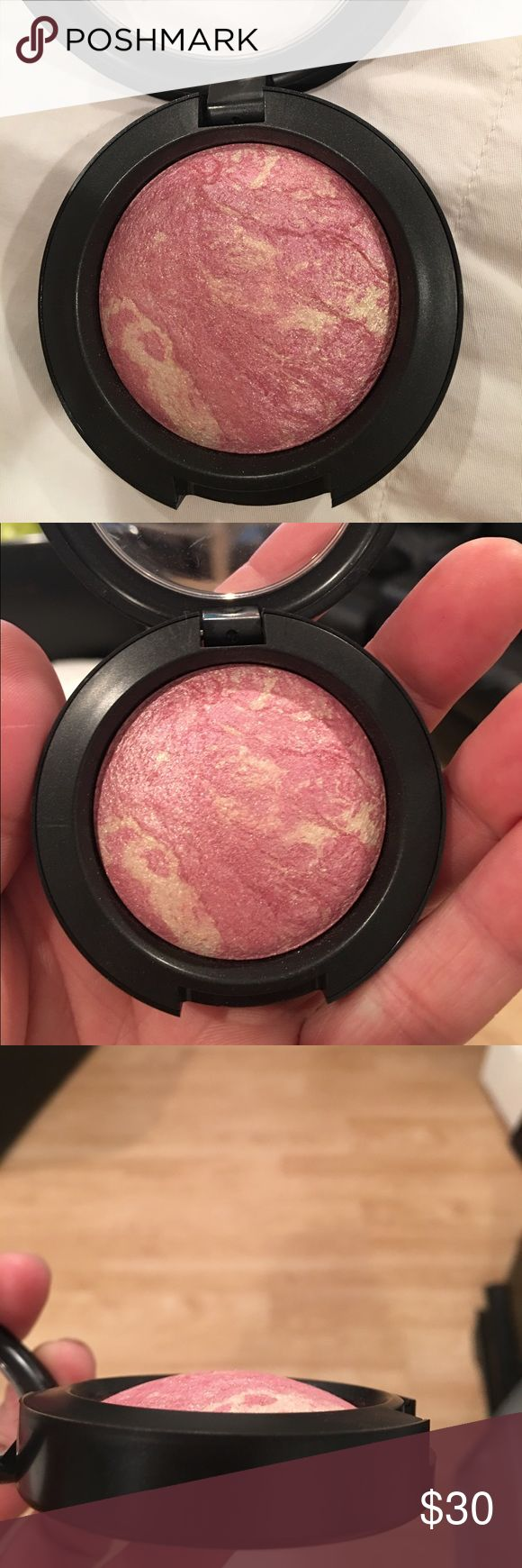 "MAC MINERALIZE BLUSH "" DAFT PINK"" MAC MINERALIZE BLUSH "" DAFT PINK"". NEW NO BOX. NEVER USED. AUTHENTIC ITEMS ONLY! NO FAKES HERE MAC Cosmetics Makeup Blush"