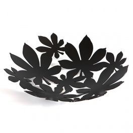Metal bowl with openwork in several motifs: flowers, butterflies, rose, oak leaves, chestnut leaves, ginkgo leaves. It is ideal as a home or garden decoration. Made by Neo-Spiro.
