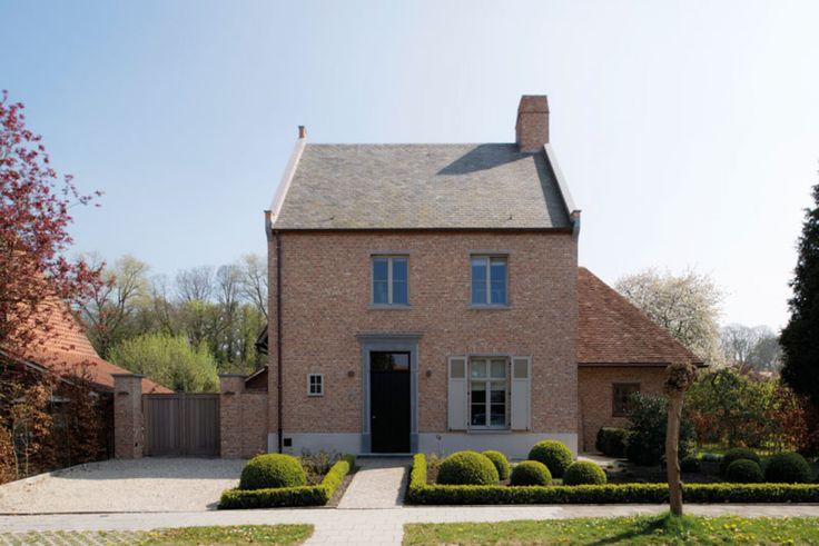 House in Belgium, on smaller parcel. Doorleefde schoonheid van grote klasse op kleiner perceel