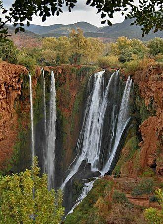 Categorie: Landschappen Marokko waterval Ouzoud 2  Prijs per kaart vanaf: € 2,65 excl. porto Wenskaart is geheel naar eigen wens aan te passen, tekst, figuur of foto. www.wenskaartenshop.droomcreaties.nl