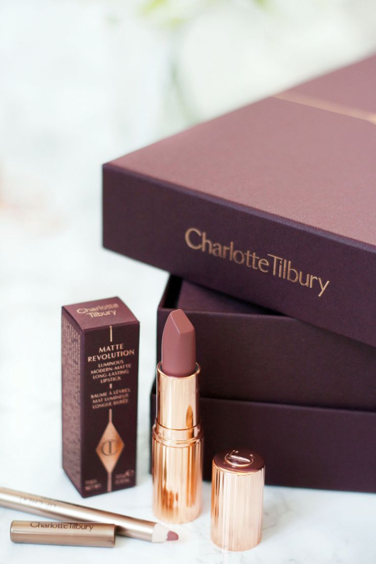 Charlotte Tilbury Pillow Talk // Beauty and the Chic
