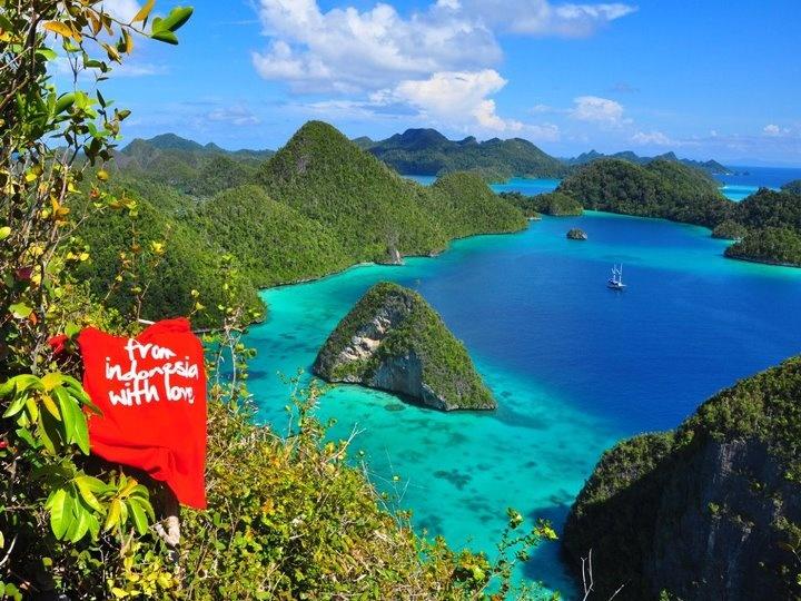 Wayag Islands - Raja Ampat -
