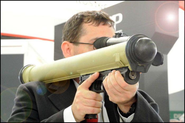 Малогабаритный гранатомет Бур. Фото и видео