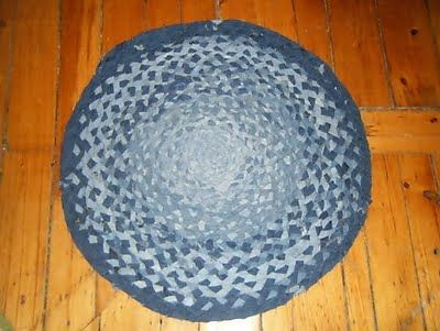 Recycle jeans: Rag Rugs, Idea, Blue Jeans, Braids Denim, Braided Rug, Braids Rugs, Denim Rag, Old Jeans