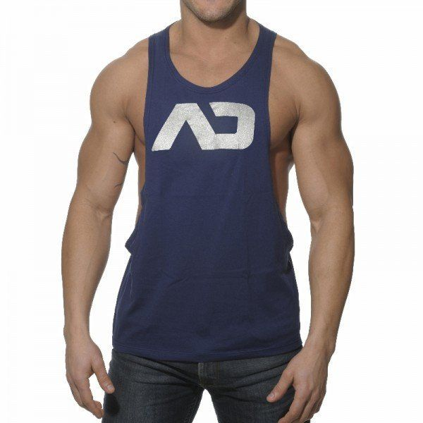 52 best men 39 s fitness apparel images on pinterest for Mens athletic cut shirts